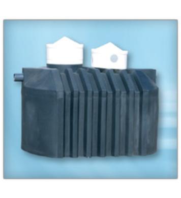 Резервоар окомплектован с PVC елементи 2000л