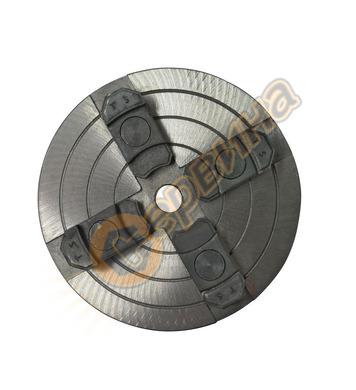 Четиричелюстен патронник за струг с независимо регулиране (п