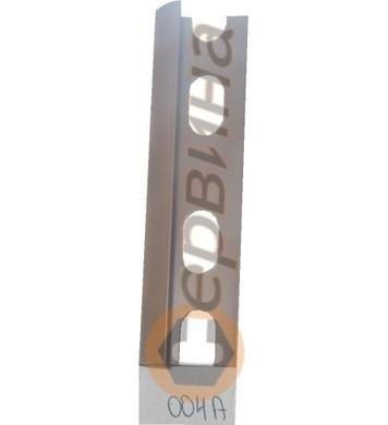 Ъглова външна лайсна PVC 8мм. 2,5м. 004А