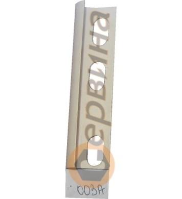 Ъглова външна лайсна PVC 8мм. 2,5м. 003А