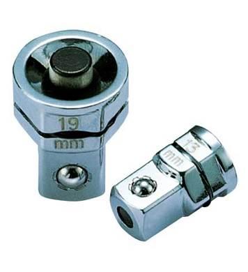 Тресчотен адаптор 1/2 Ceta Form B05-12S